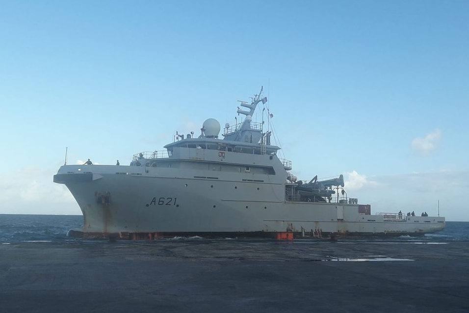 D'Entrecasteaux vessel stopover in Wallis during surveillance mission