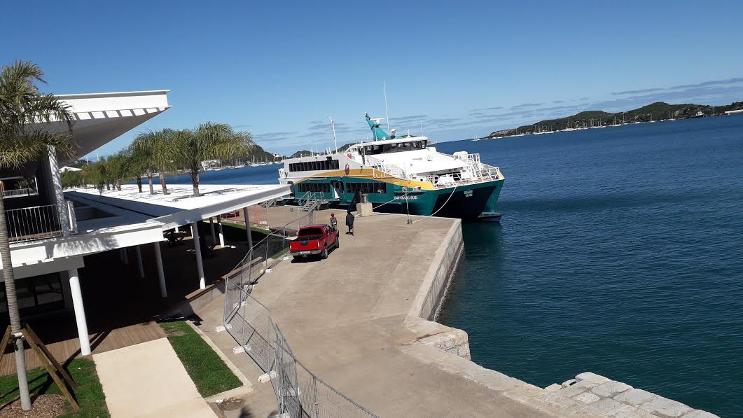 Nickel: Demonstrators blockaded the port of Nouméa